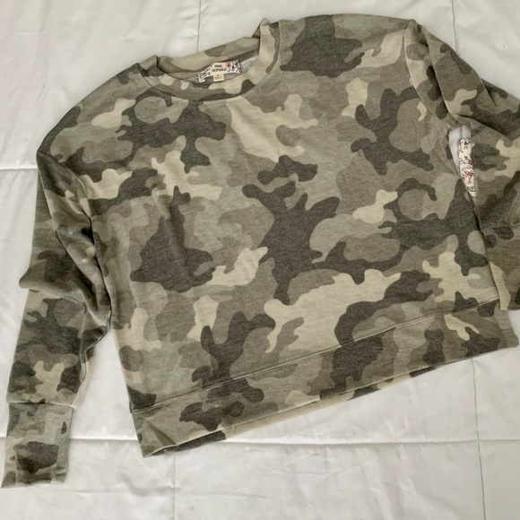Very Soft Olive Camo Camouflage Sweatshirt Sweater